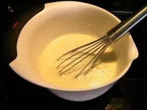 mix cream and eggs creme brulee